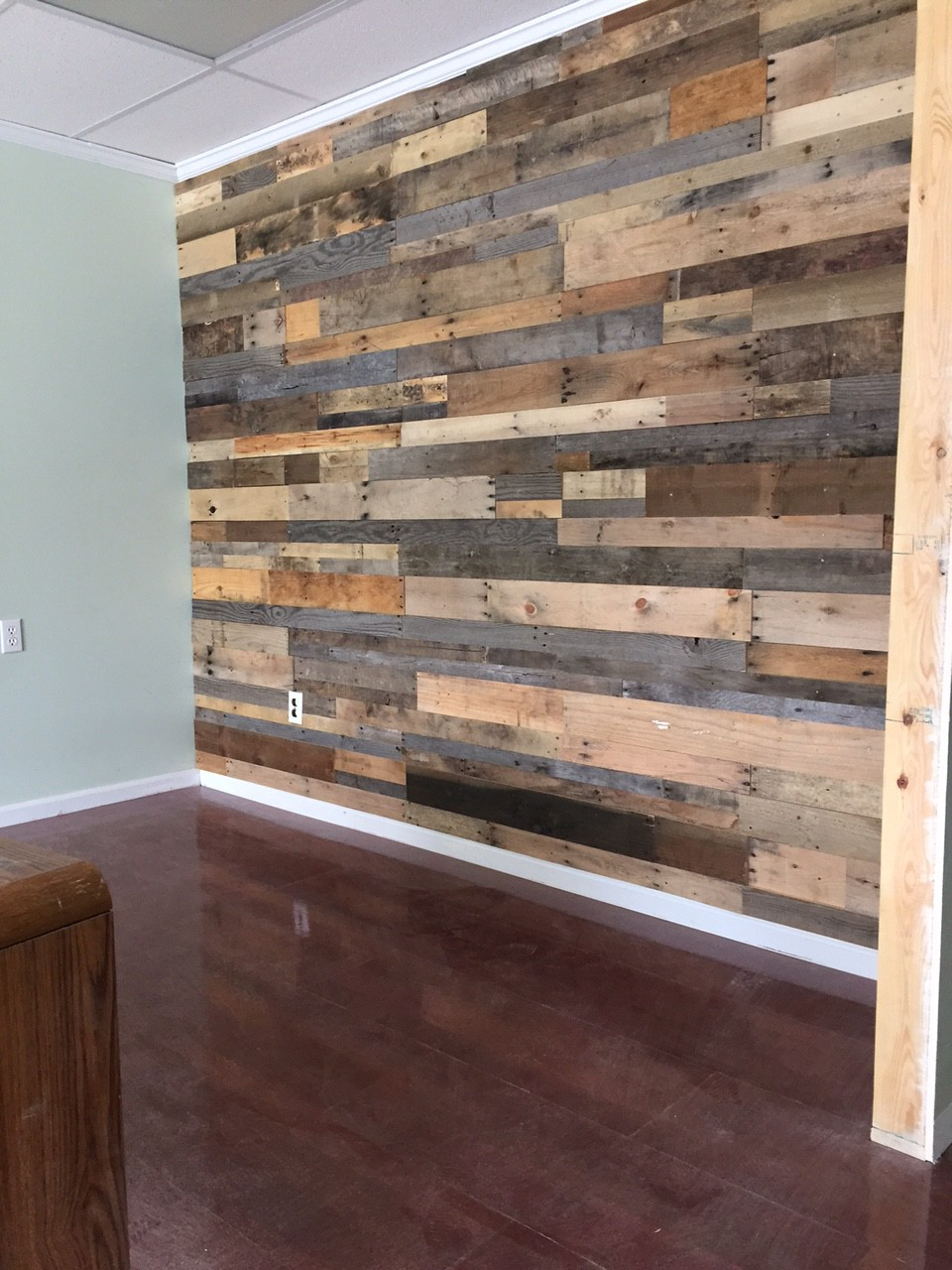 Wood Wall Cladding: Prefabricated Pallet Wood Wall Panels