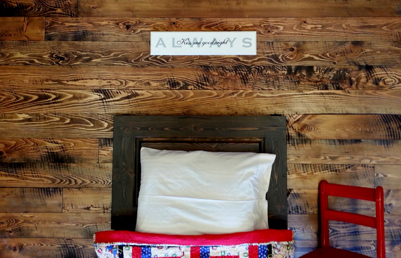 Reclaimed Wood Wall Planks