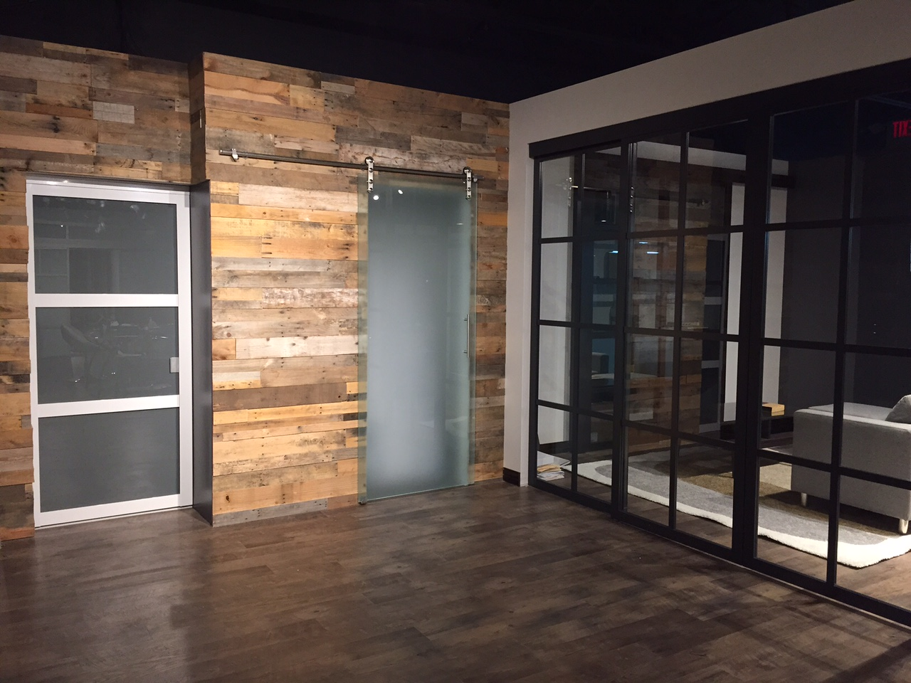 Easy install pallet wood wall sustainable lumber company - Residential exterior glass wall panels ...