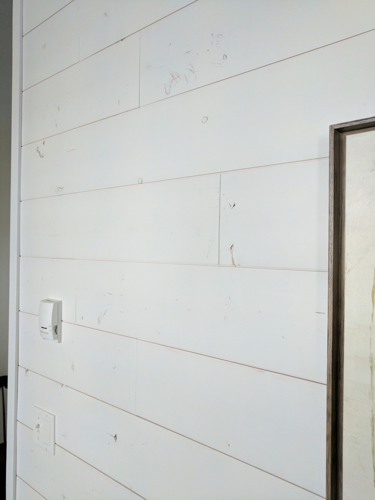 White Shiplap Walls Sustainable Lumber Company