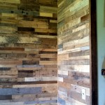 recycled pallet wood wall